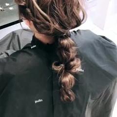 ローポニー 簡単ヘアアレンジ 編みおろし 結婚式ヘアアレンジ ヘアスタイルや髪型の写真・画像
