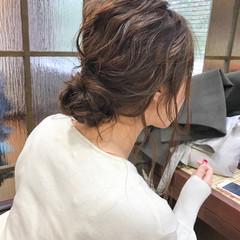 簡単ヘアアレンジ セミロング オフィス 結婚式 ヘアスタイルや髪型の写真・画像