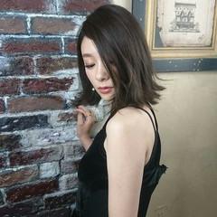 アッシュ ハイライト 色気 暗髪 ヘアスタイルや髪型の写真・画像