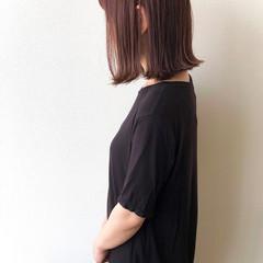 ピンクベージュ ボブ 外ハネ 外ハネボブ ヘアスタイルや髪型の写真・画像