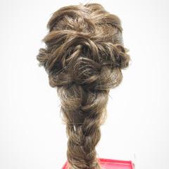 ロープ編み 編み込み フェミニン ロング ヘアスタイルや髪型の写真・画像