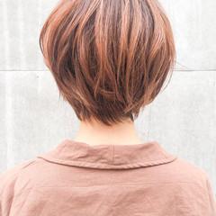 フェミニン ショートヘア ハイライト ベリーショート ヘアスタイルや髪型の写真・画像