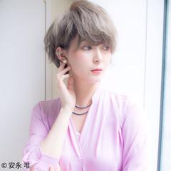 ハイトーン ショート 大人かわいい 大人女子 ヘアスタイルや髪型の写真・画像