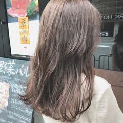 ミルクティーグレージュ 大人女子 ナチュラル oggiotto ヘアスタイルや髪型の写真・画像