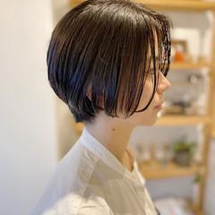 ショートボブ ダークトーン ハンサムショート ショートヘア ヘアスタイルや髪型の写真・画像