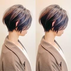 ショートヘア ミニボブ インナーカラー ショート ヘアスタイルや髪型の写真・画像