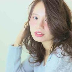 セミロング ヘアアレンジ フェミニン ゆるふわ ヘアスタイルや髪型の写真・画像