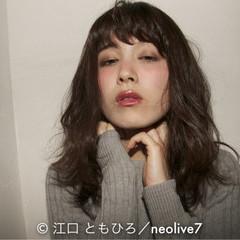 暗髪 ミディアム アンニュイ 外国人風 ヘアスタイルや髪型の写真・画像