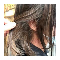 ミルクティーベージュ N.オイル ツヤ髪 インナーカラー ヘアスタイルや髪型の写真・画像