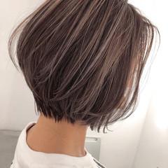 大人ハイライト ショート ナチュラル ハイライト ヘアスタイルや髪型の写真・画像