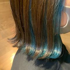 インナーブルー インナーカラー ターコイズブルー ブルー ヘアスタイルや髪型の写真・画像