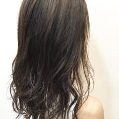 ウェットヘア シースルーバング ミディアム ロブ ヘアスタイルや髪型の写真・画像