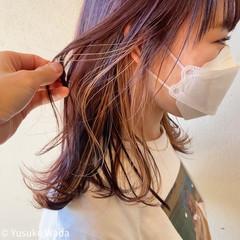 インナーカラー ピンクパープル ピンク ミディアム ヘアスタイルや髪型の写真・画像