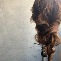 簡単ヘアアレンジ フェミニン 結婚式ヘアアレンジ 編み込み ヘアスタイルや髪型の写真・画像