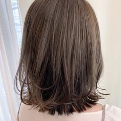 透明感 アッシュベージュ ハイライト 透明感カラー ヘアスタイルや髪型の写真・画像