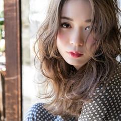 外国人風 ストリート 波ウェーブ 冬 ヘアスタイルや髪型の写真・画像