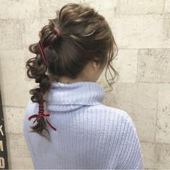 ポニーテール セミロング ヘアアレンジ ナチュラル ヘアスタイルや髪型の写真・画像