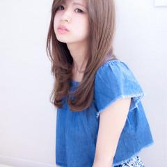 かわいい セミロング ストレート 大人女子 ヘアスタイルや髪型の写真・画像