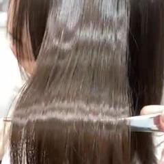 セミロング 艶髪 サラサラ ナチュラル ヘアスタイルや髪型の写真・画像
