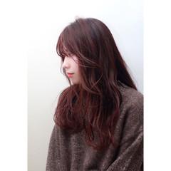 パープル ピンク ロング 冬 ヘアスタイルや髪型の写真・画像