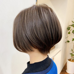 インナーカラー ショートボブ ショートヘア 大人可愛い ヘアスタイルや髪型の写真・画像