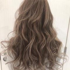透明感カラー 大人ハイライト ロング 外国人風カラー ヘアスタイルや髪型の写真・画像
