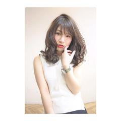 前髪あり 大人かわいい セミロング グラデーションカラー ヘアスタイルや髪型の写真・画像