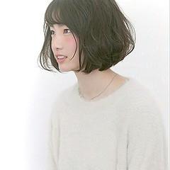 ゆるふわ 暗髪 パーマ フェミニン ヘアスタイルや髪型の写真・画像