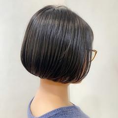 ショートボブ デート ミニボブ ナチュラル ヘアスタイルや髪型の写真・画像