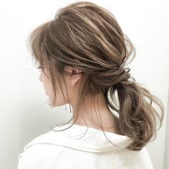 簡単ヘアアレンジ ミディアム ヘアアレンジ ミルクティーベージュ ヘアスタイルや髪型の写真・画像