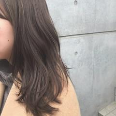 アッシュ ヌーディベージュ アッシュグレージュ アッシュベージュ ヘアスタイルや髪型の写真・画像