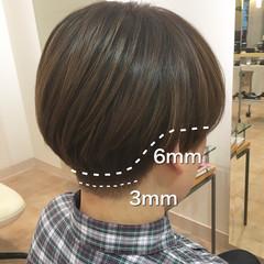 刈り上げ女子 モード 刈り上げ マッシュ ヘアスタイルや髪型の写真・画像