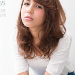 ミディアム アッシュ 外国人風 大人かわいい ヘアスタイルや髪型の写真・画像