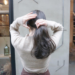 暗髪 ナチュラル ヘアアレンジ 透明感カラー ヘアスタイルや髪型の写真・画像