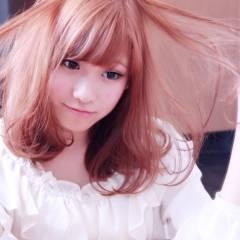 ベージュ ピンク レッド コンサバ ヘアスタイルや髪型の写真・画像