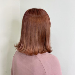 切りっぱなしボブ ボブ ピンクベージュ ナチュラル ヘアスタイルや髪型の写真・画像