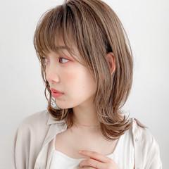 外ハネボブ 大人かわいい デジタルパーマ ナチュラル ヘアスタイルや髪型の写真・画像
