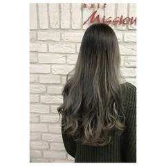 ミルクティー グレージュ グラデーションカラー アッシュグレージュ ヘアスタイルや髪型の写真・画像