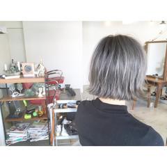 リラックス ボブ 切りっぱなし ショート ヘアスタイルや髪型の写真・画像