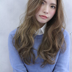 ロング ゆるふわ 外国人風 ストリート ヘアスタイルや髪型の写真・画像