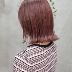 切りっぱなしボブ ピンクベージュ ピンクブラウン ナチュラル ヘアスタイルや髪型の写真・画像