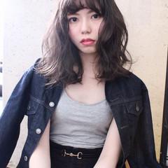 冬 アンニュイ ミディアム 外国人風 ヘアスタイルや髪型の写真・画像