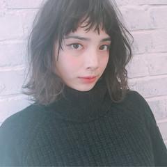 黒髪 フリンジバング 前髪あり ニュアンス ヘアスタイルや髪型の写真・画像