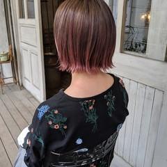 外ハネボブ ピンクパープル ボブ グラデーションカラー ヘアスタイルや髪型の写真・画像