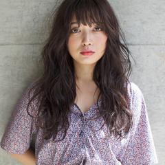 外国人風 ロング パーマ ストリート ヘアスタイルや髪型の写真・画像