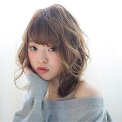 外国人風カラー 大人女子 セミロング ニュアンス ヘアスタイルや髪型の写真・画像