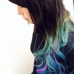 グラデーションカラー 外国人風 ビビッドカラー ヘアスタイルや髪型の写真・画像
