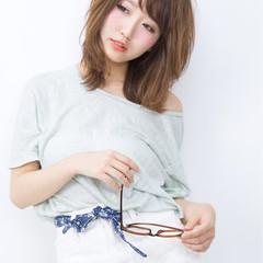 ミディアム 暗髪 外国人風 グラデーションカラー ヘアスタイルや髪型の写真・画像
