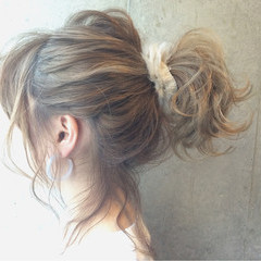 ショート アッシュ ヘアアレンジ ミディアム ヘアスタイルや髪型の写真・画像