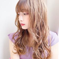 デジタルパーマ ロング ナチュラルベージュ ゆるふわパーマ ヘアスタイルや髪型の写真・画像